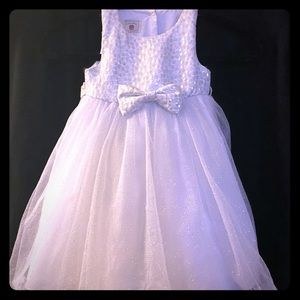 Girls 2T White & Silver dress